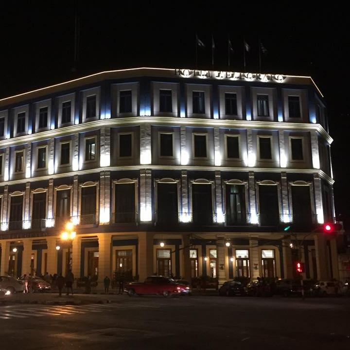 Havana at night by Kevin Nansett for The Doubtful Traveller