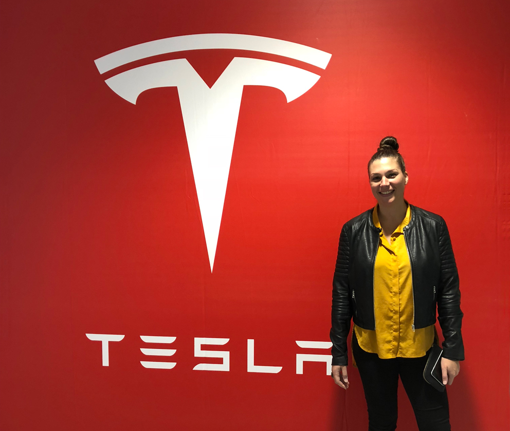 Laura_Cibilich_Tesla_Launch_NZ_Run_Agency.jpg