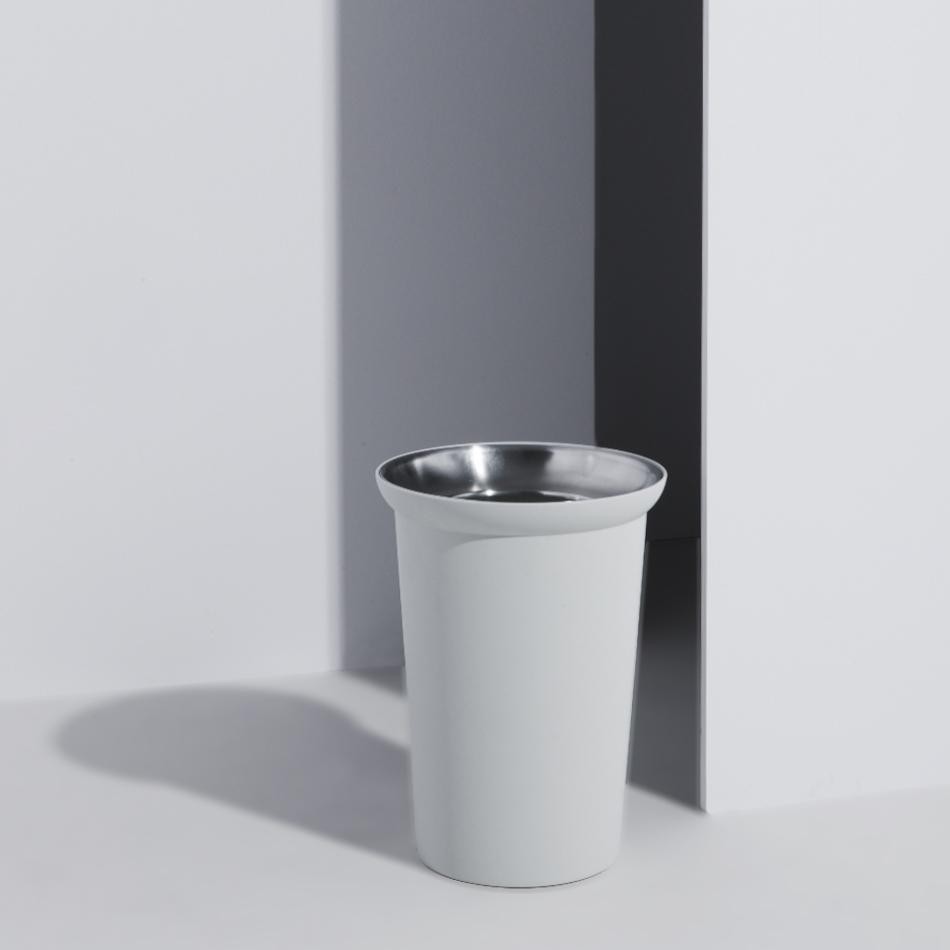 MSDS_trash can.jpg