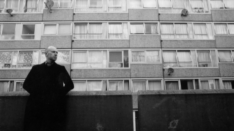 Michael Collins, south east London, 2001. Photograph: James Reeves. Courtesy of The Observer.