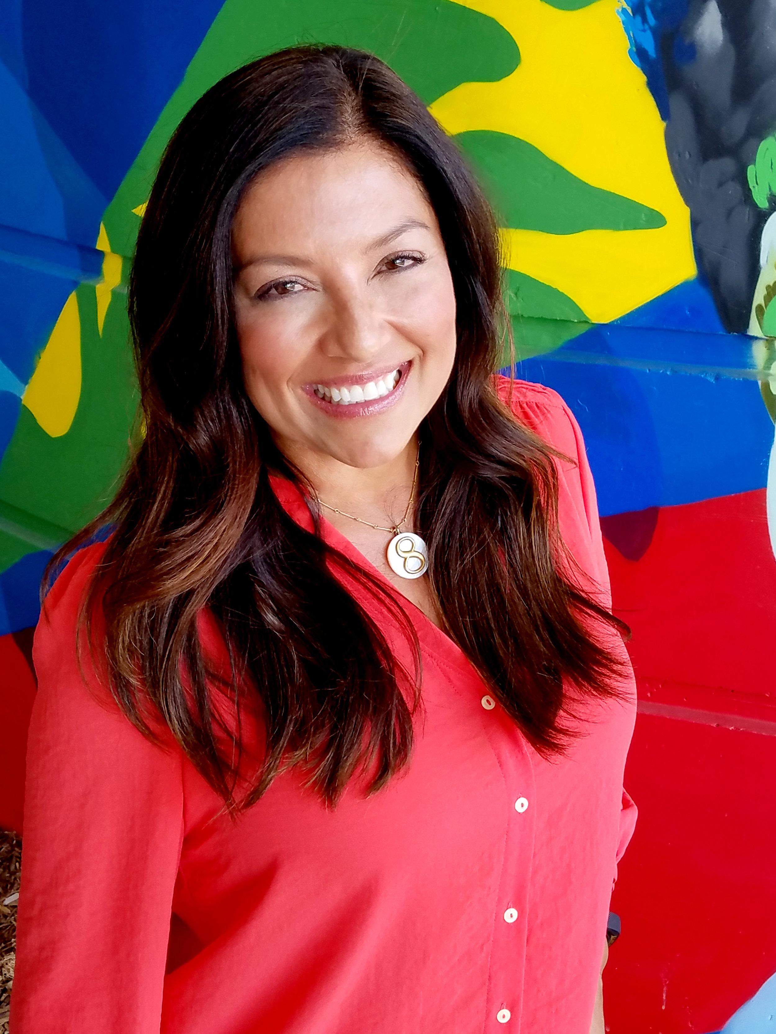 Lola Salazar