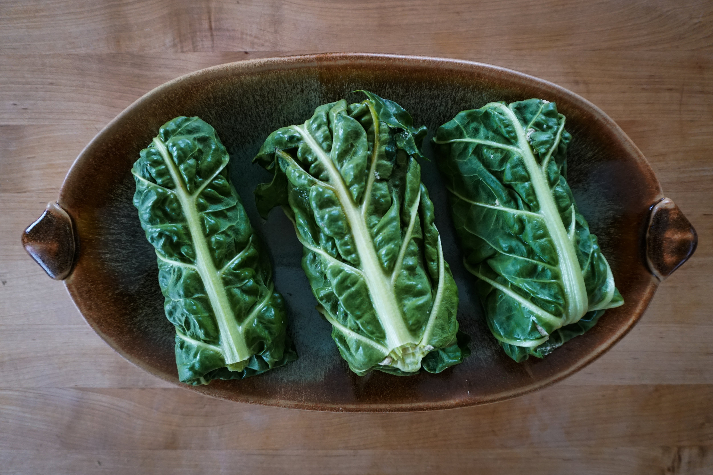 healthy raw wraps with chard leaves