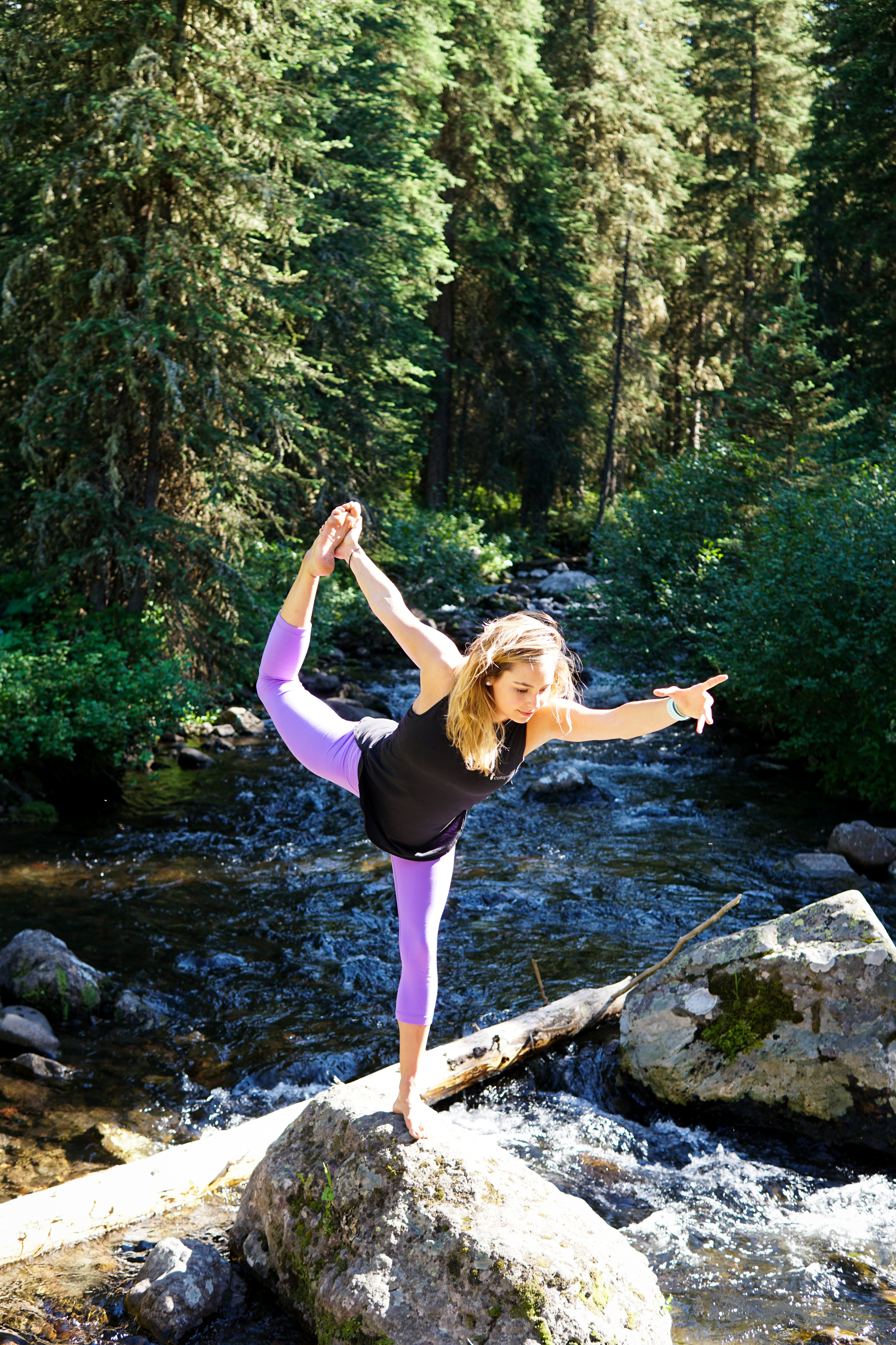 Bailey Evans yoga athletes outdoors.jpg