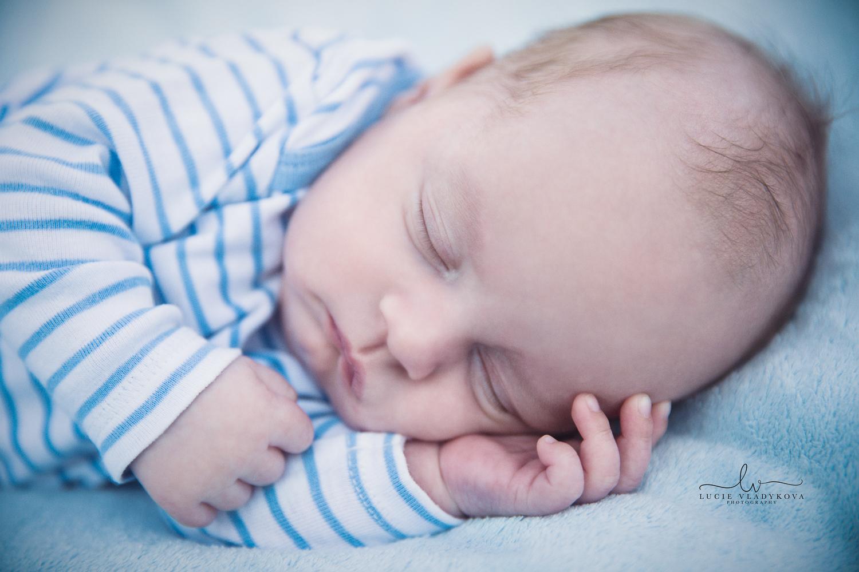 Praha Newborn fotograf.jpg