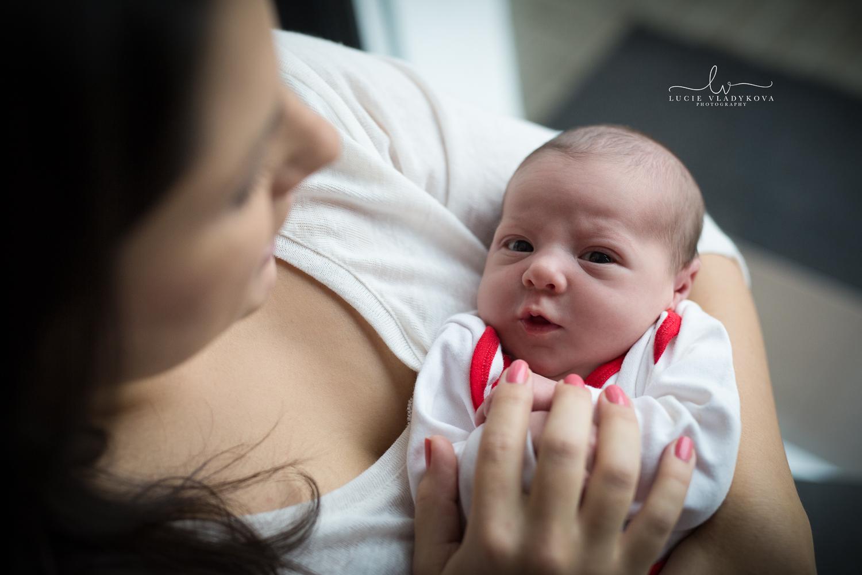 Foceni newborn v Praze 3.jpg