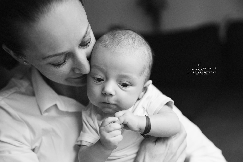 Newborn photography in Prague.jpg