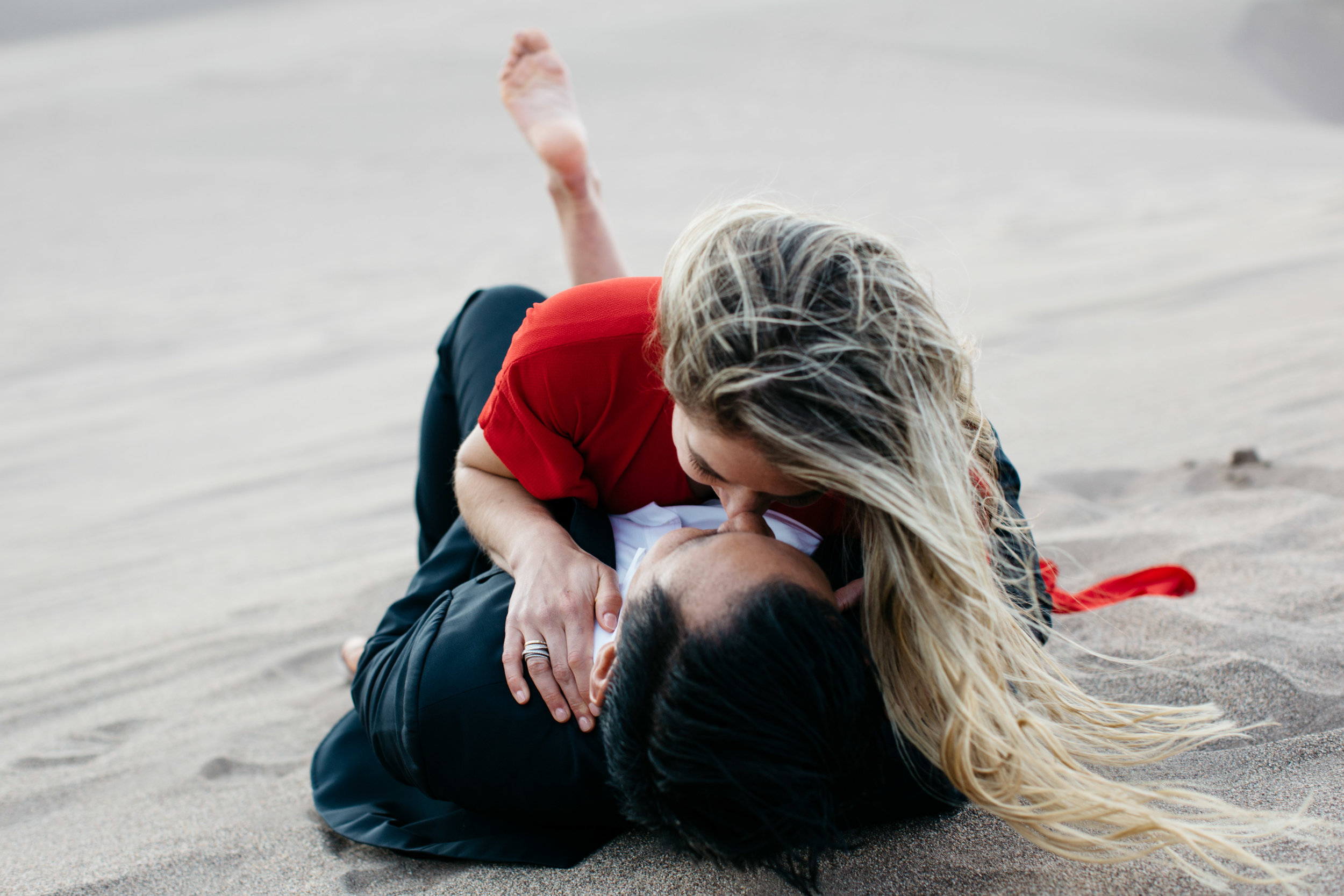 colorado-sand-dunes-engagement-photography-3.jpg