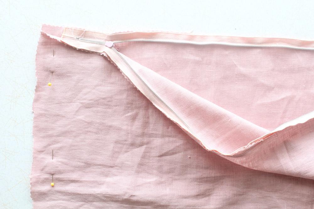 DIY-cushion-covers-step-4.jpg