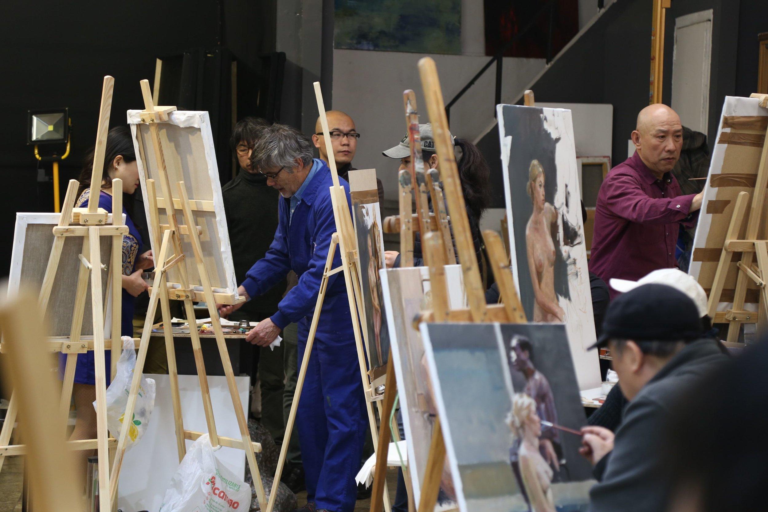 Golucho 2018 Workshop  格鲁仇指导艺术家作画4.jpg