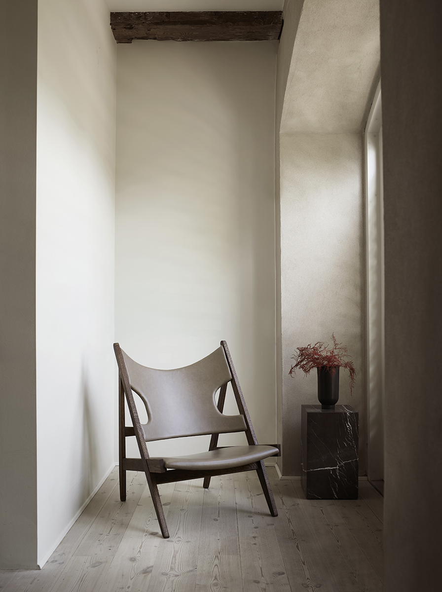 MENU_Knitting-Chair_Plinth_CycladesWeb.jpg