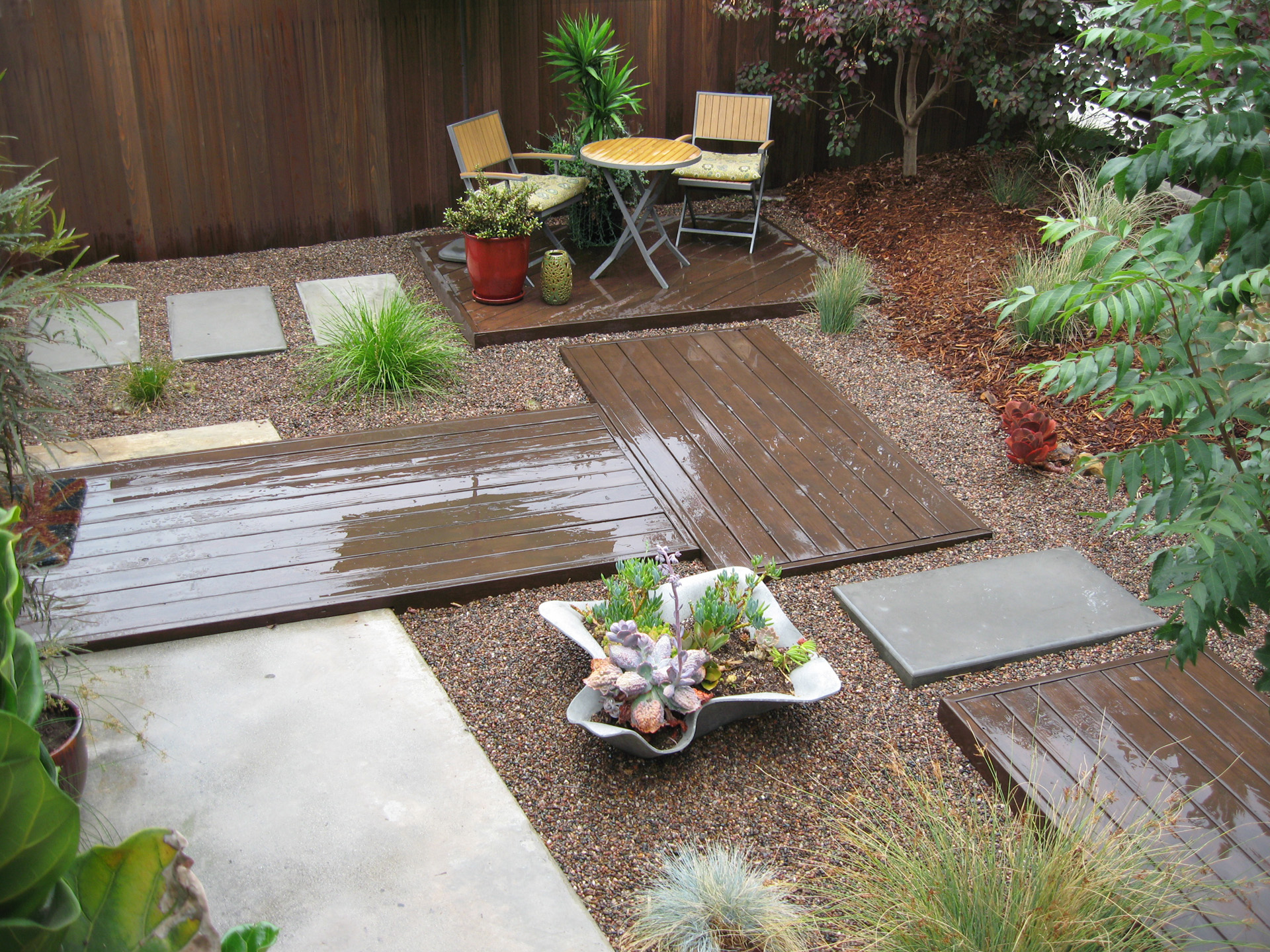 3.Low Water Garden. View to Chairs.Ketti Kupper.2014.jpg