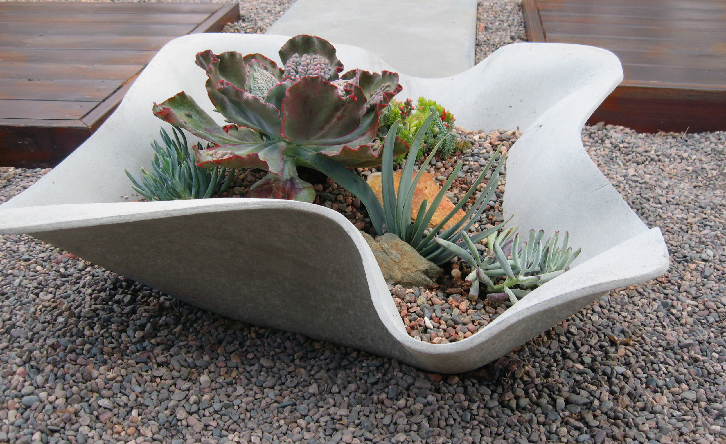 11.Organic Shaped Planter.KettiKupper.2012.jpg