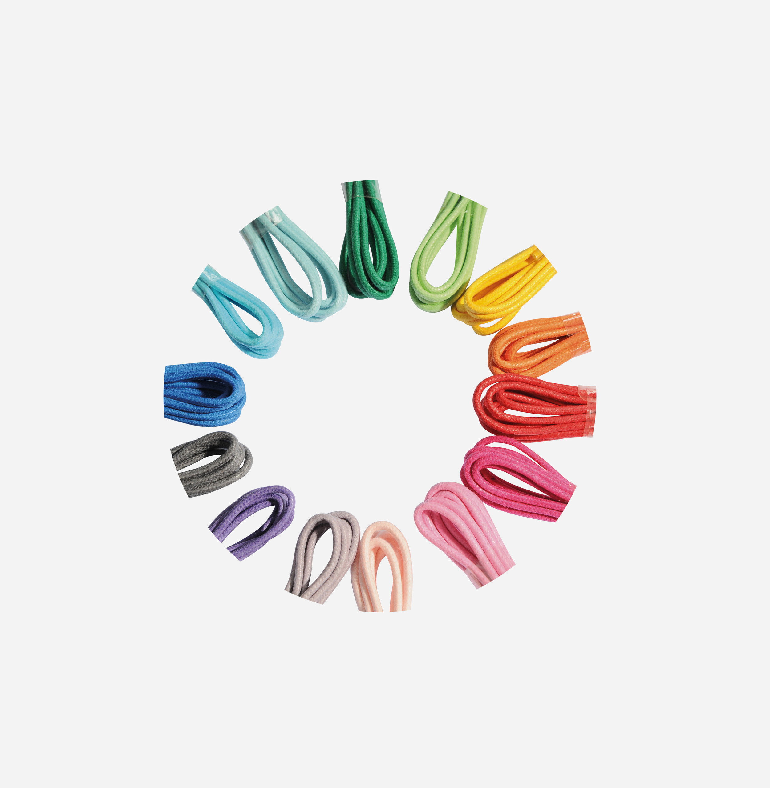 DISPLAY OF 36 LACES