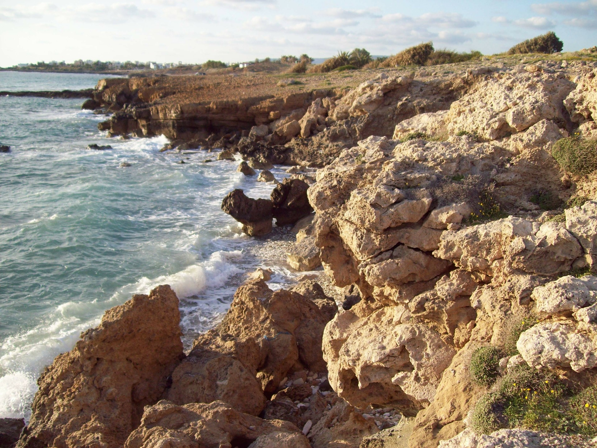 Pixabay Kust vlakbij Almyra cyprus-336928_1920 (2).jpg