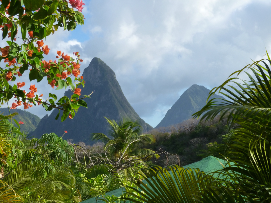 large-and-small-piton-1222856.jpg