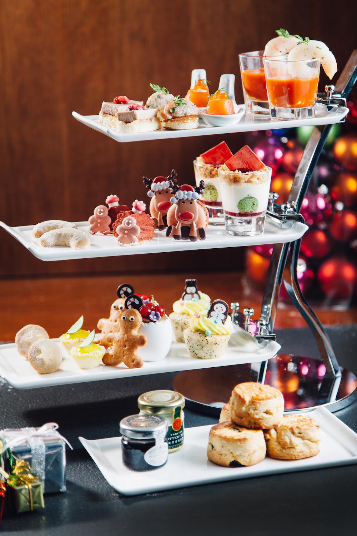 Christmas-Afternoon-Tea-Set-at-GREEN.JPG