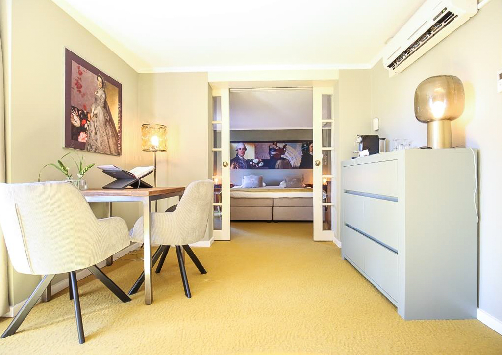 The Royal Family Suite