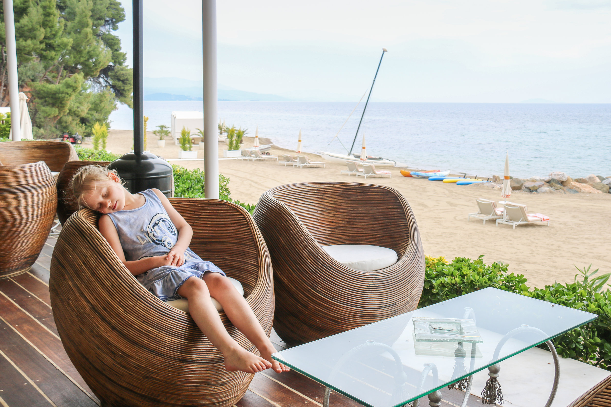 Even a short power nap is possible at the Beach bar