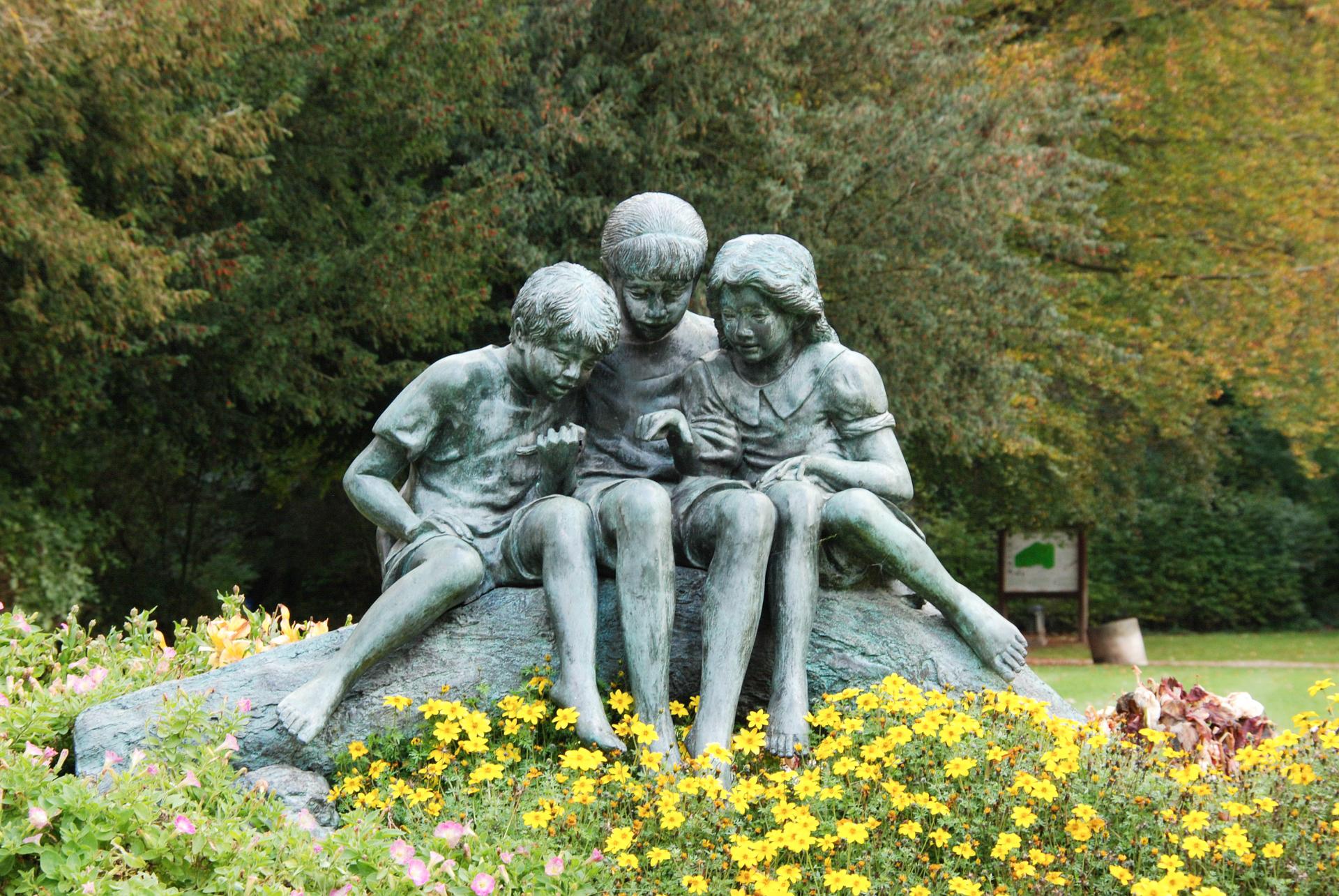 malmedy children-1465223_1920.jpg