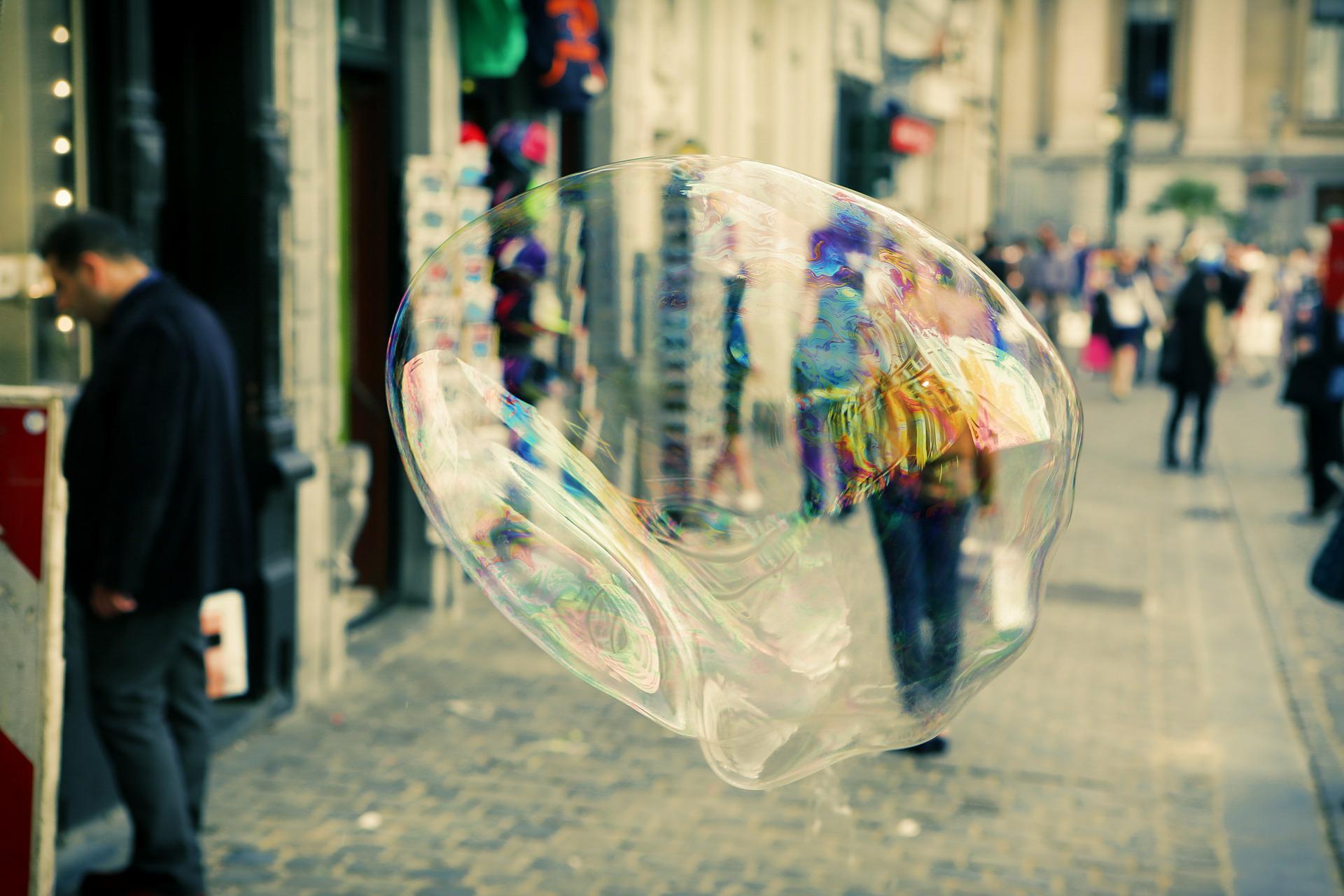 soap-bubble-406944_1920.jpg