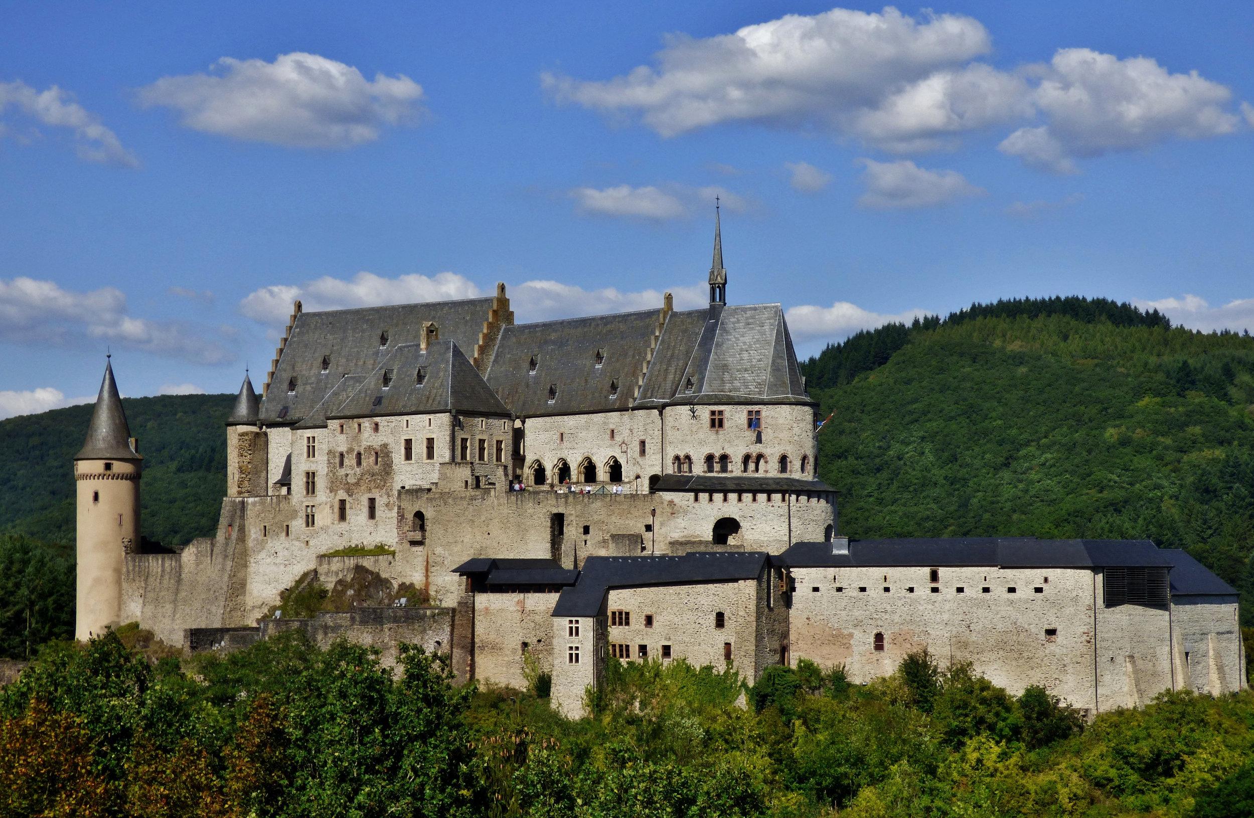 castle-bourscheid-4177820 (2).jpg