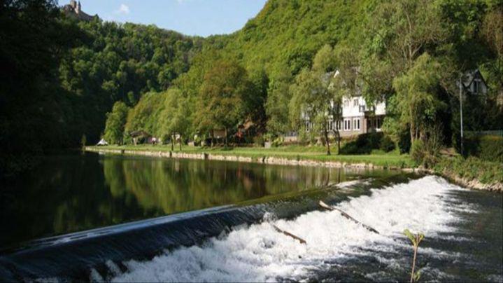 Cocoon_Hotel_La_Rive-Burscheid-Aussenansicht-1-419896.jpg