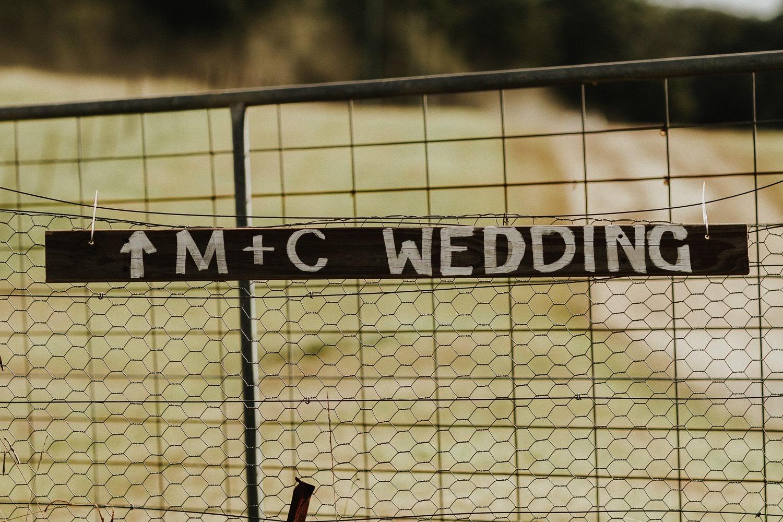 Rustic Country Wedding Photography 23.jpg