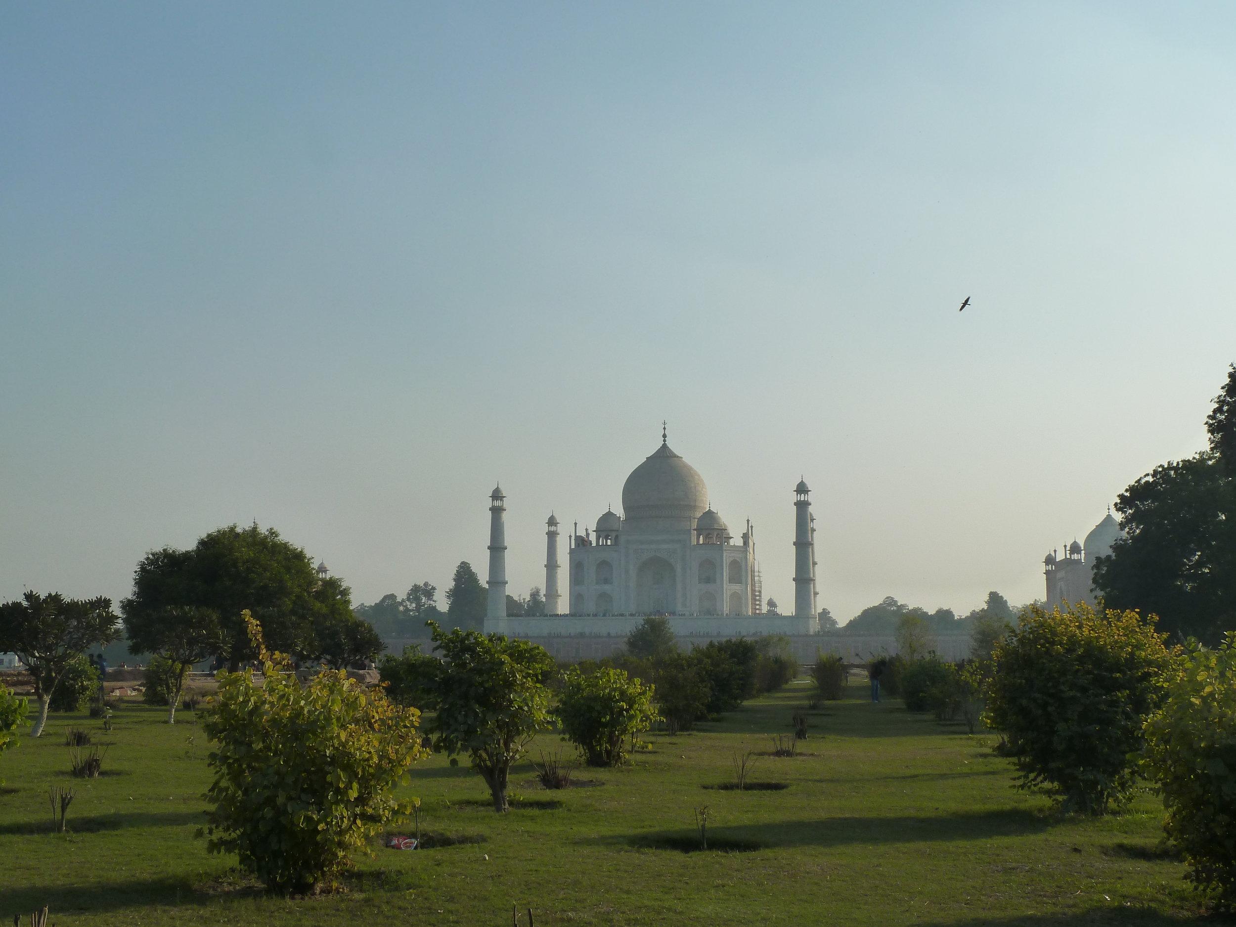 APrettyPlaceToPlay - Taj Mahal Mehtab Bagh