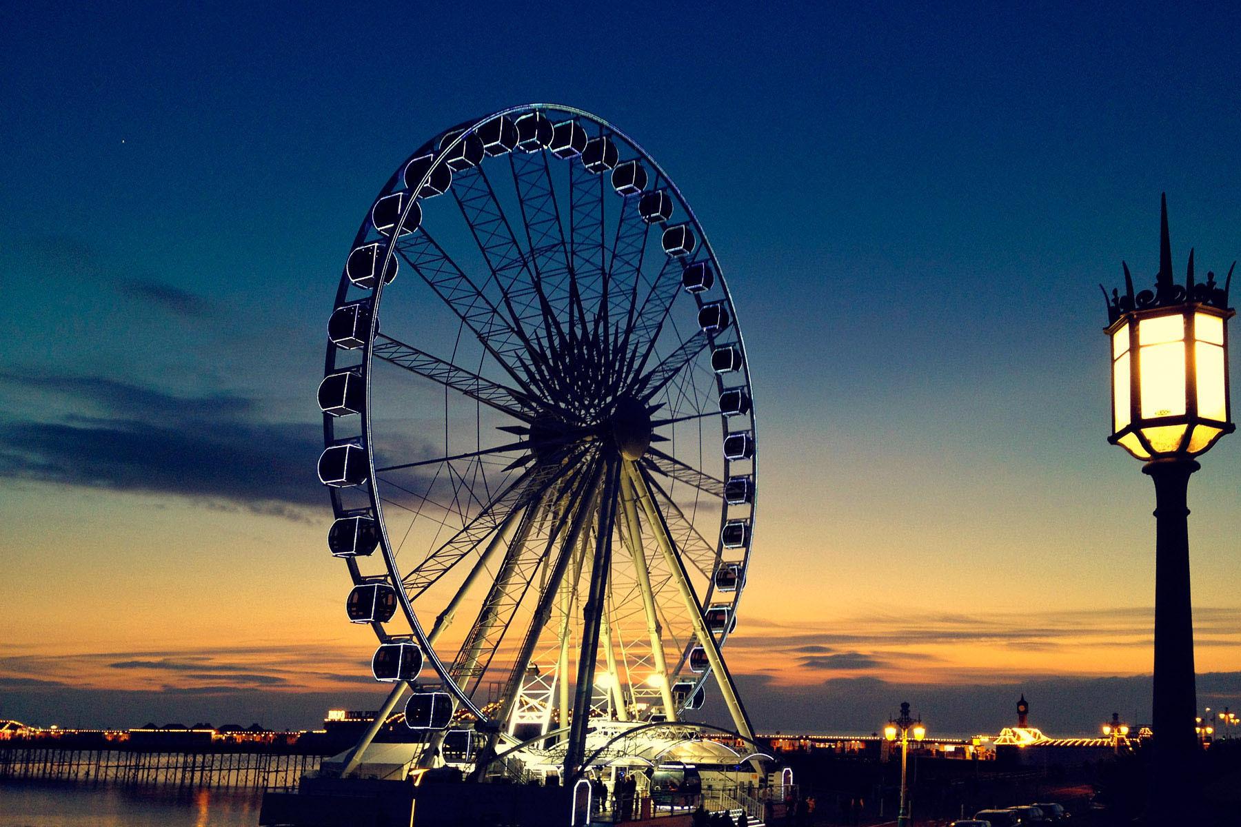 Brighton Wheel at Night, Brighton, East Sussex, England
