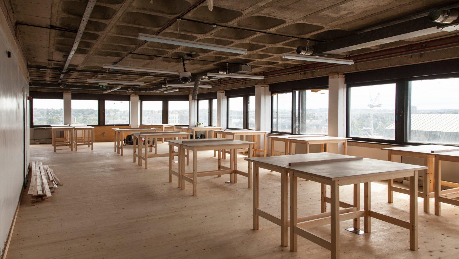 fabric-floor-0539_crop-1600x905.jpg
