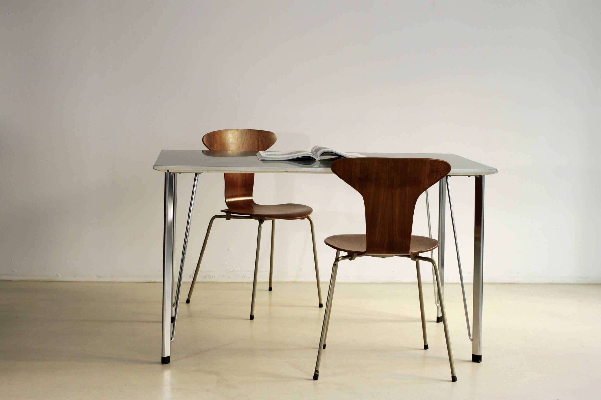 table-jacobsen-5.jpg