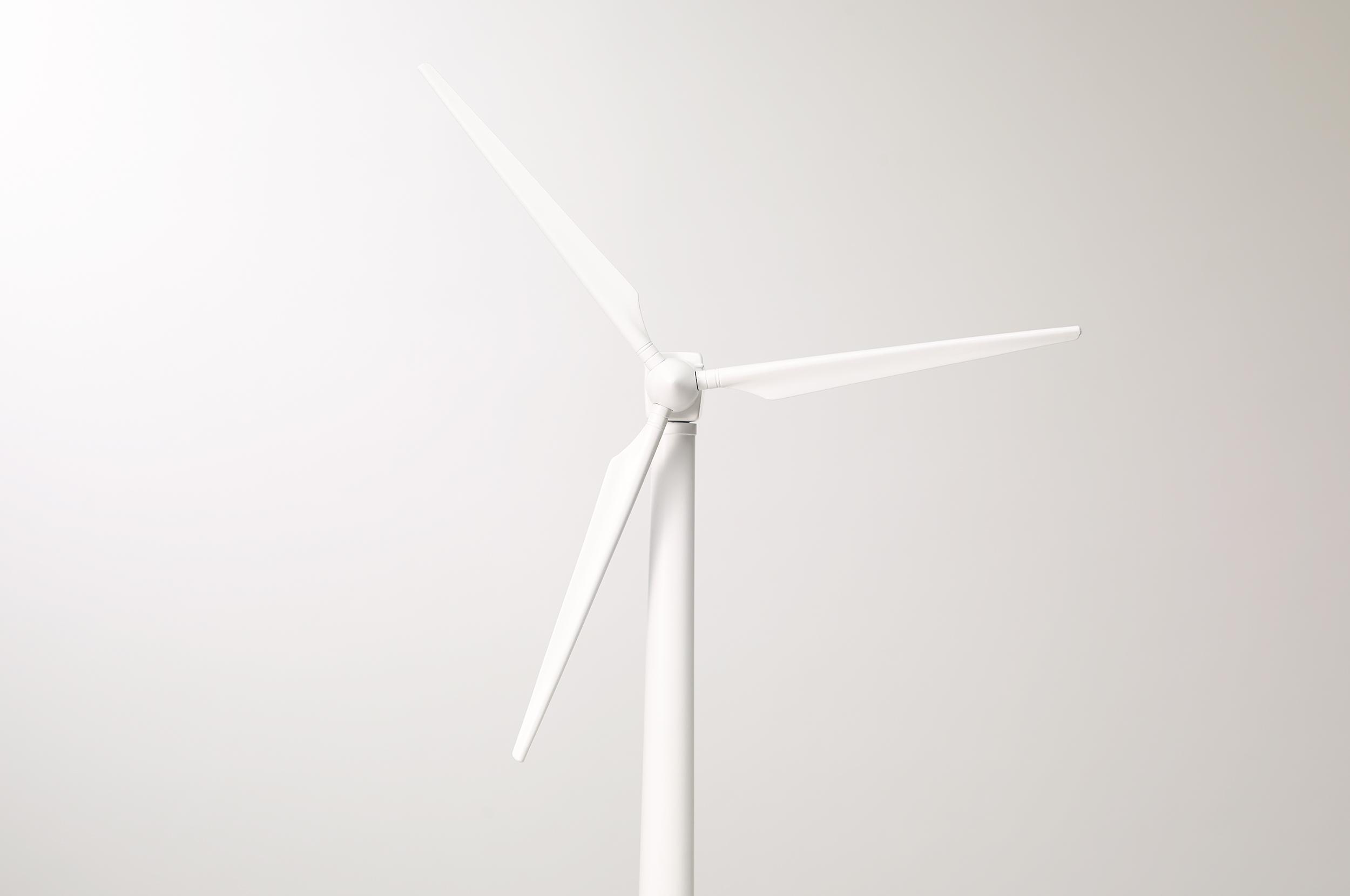 _170106 Post and Gleam table top Windmills Single COMP R1 FLLR.jpg