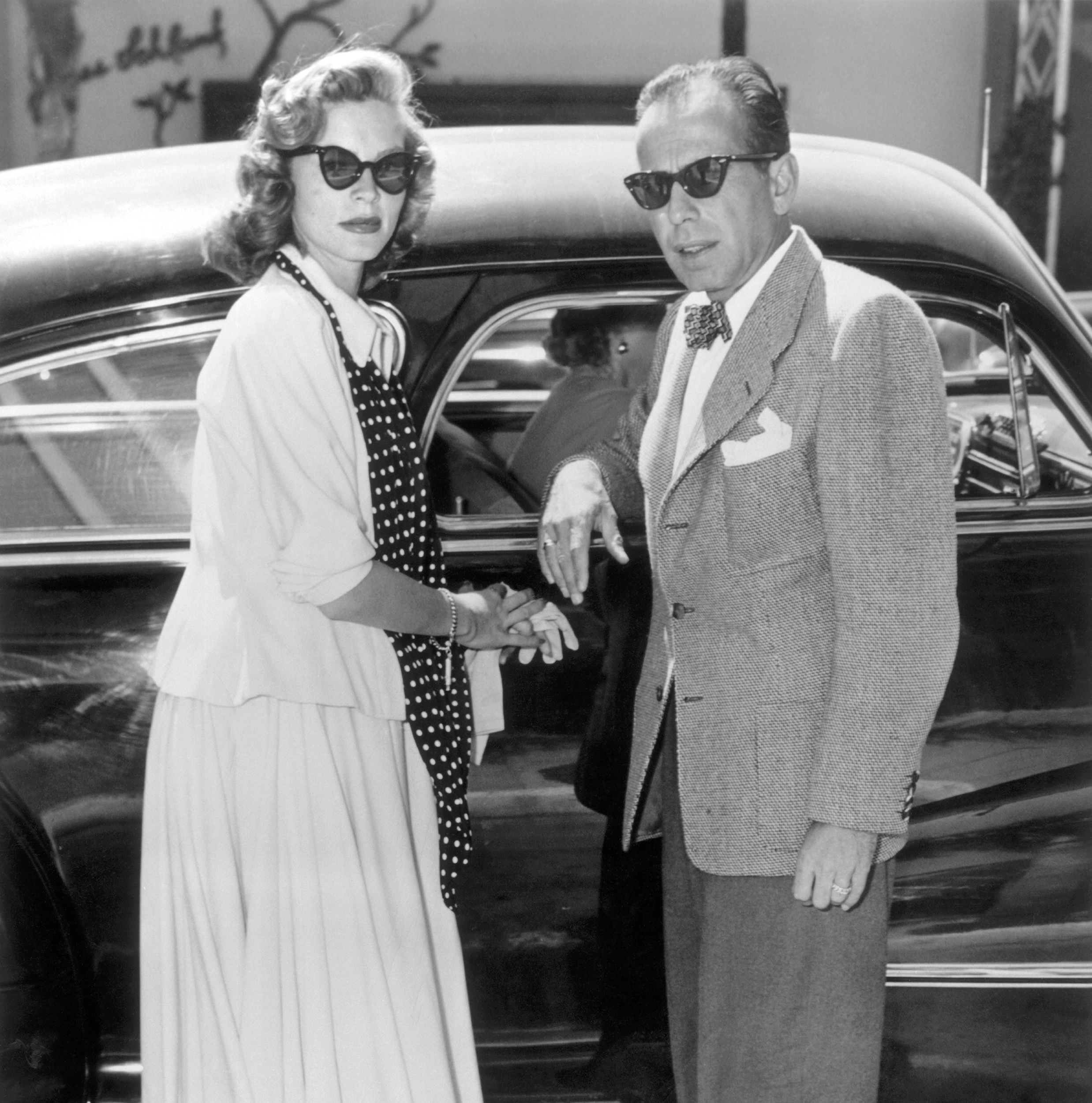 1944 Humphrey Bogart and Lauren Bacall during the filming of Howard Hawks' 'To Have And Have Not'