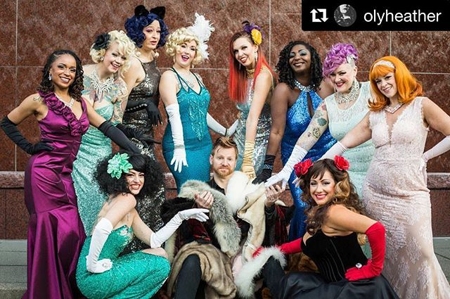 The #Sirens #loved doing this #photoshoot with @olyheather with @get_repost ・・・ Love working with this fabulous troupe! ❤❤ #groupphoto #burlesque #grittycitysirensburlesque #portraitphotography #glittery #glamor #tacomaburlesque #tacomawa