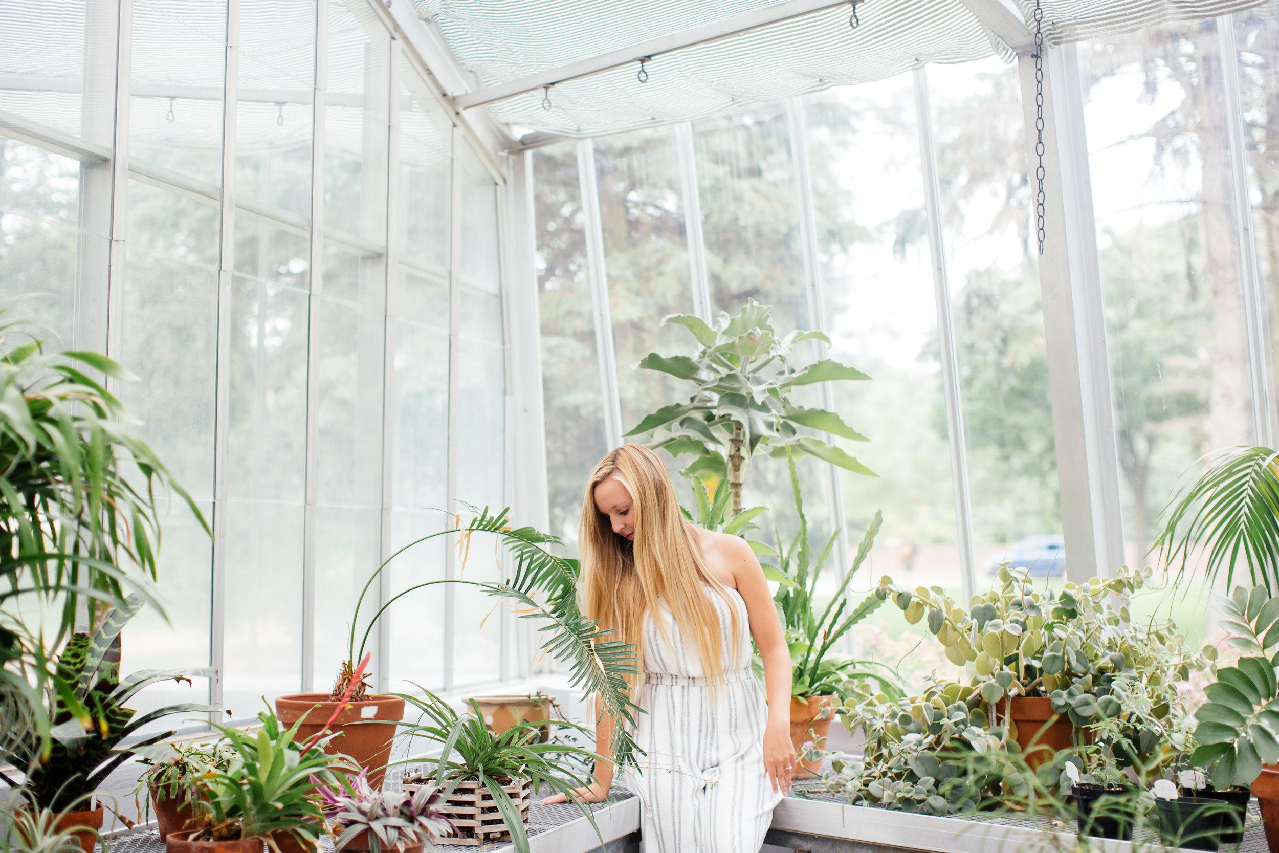 Botanical senior photography