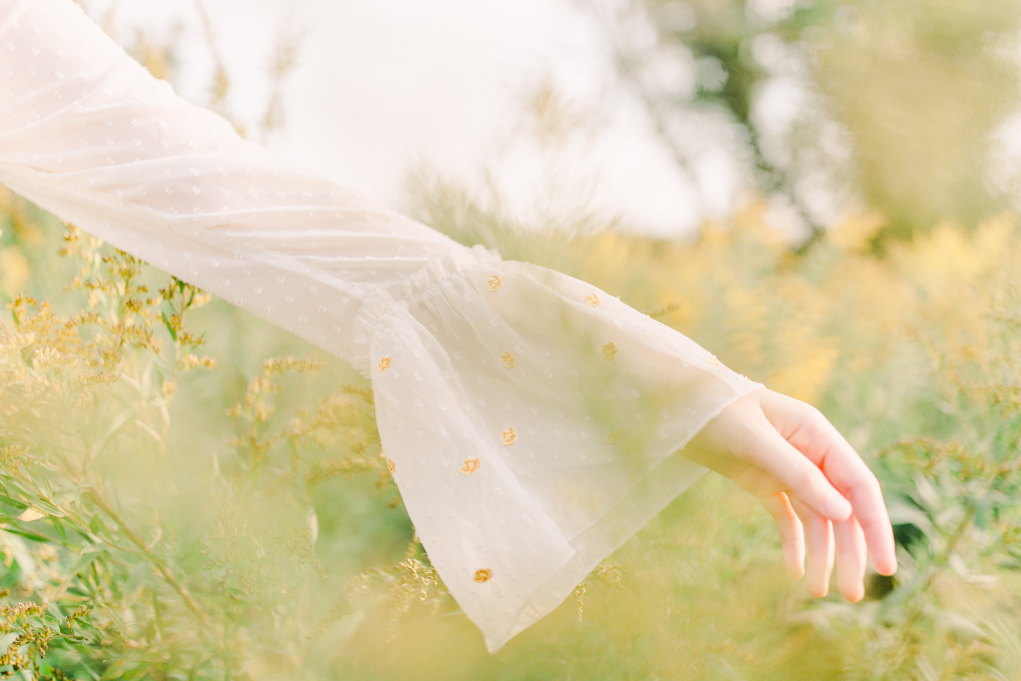 Light and Airy senior portrait photography