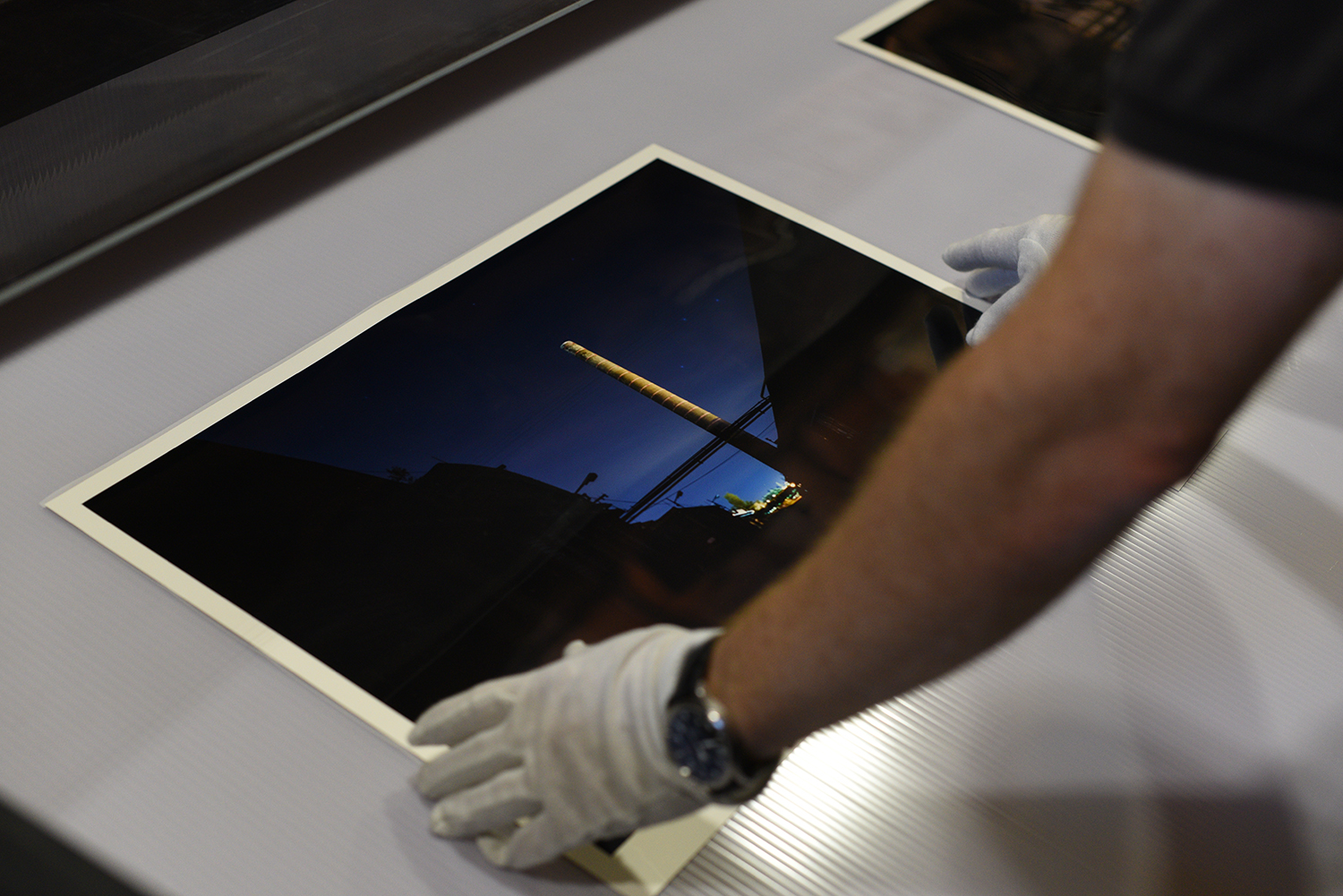 Installing Iron Dust Reflections at the Historical Archive in Palermo, Photo by Sabrina Butera