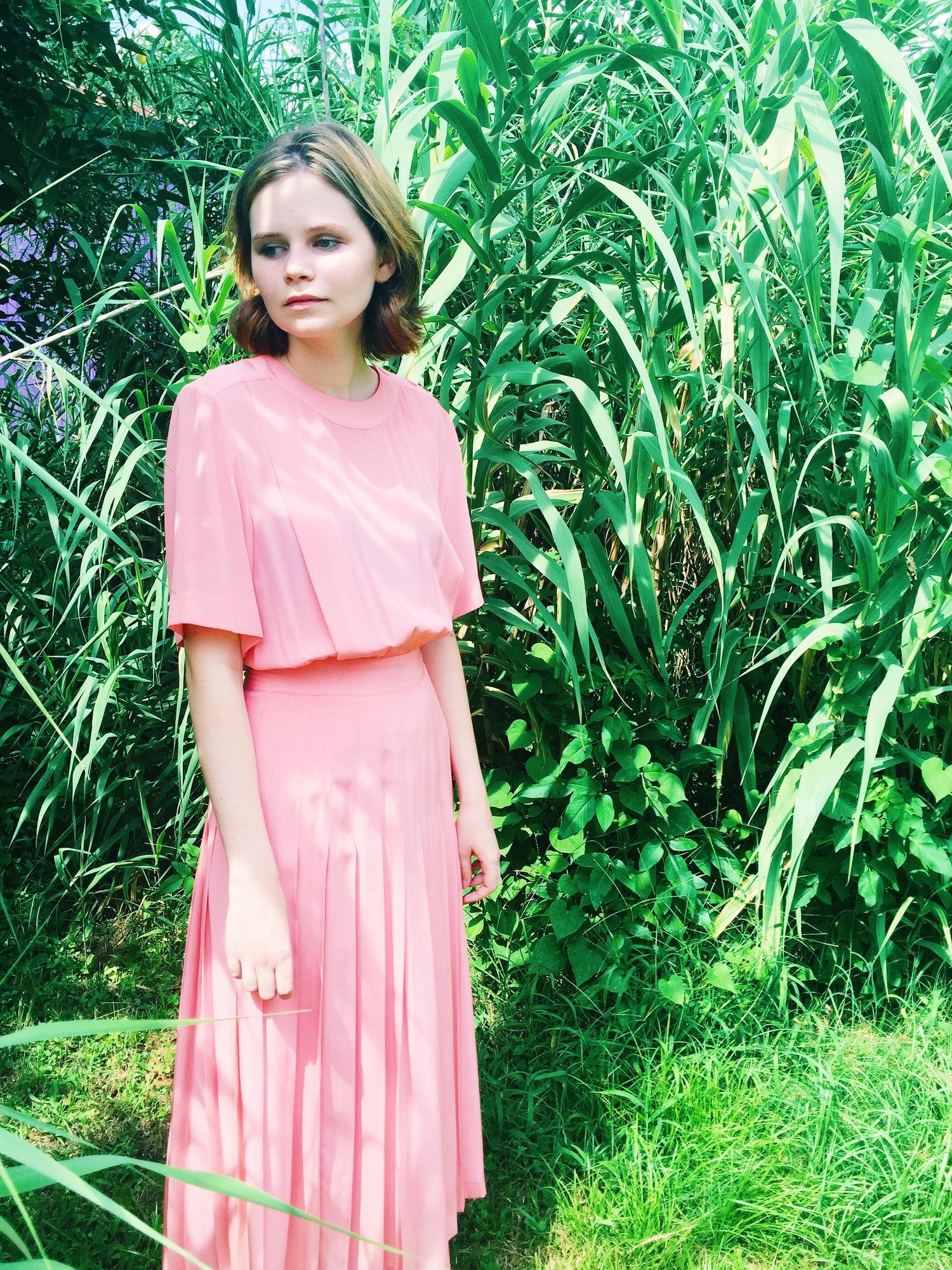 wonaponatime-vintage-dress-pink-maxi-pleated