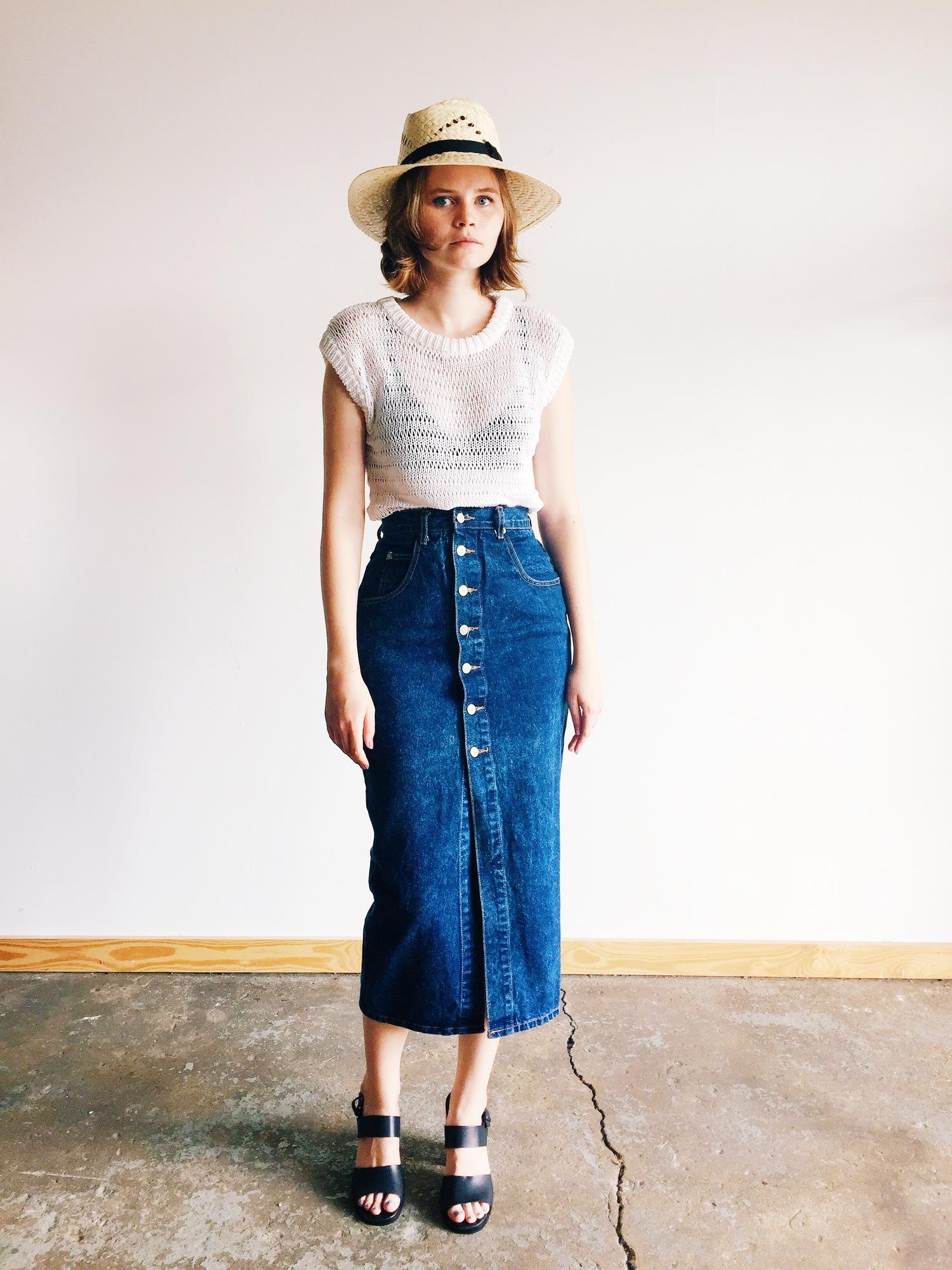 wonaponatime-long-denim-skirt-lookbook-white-hat