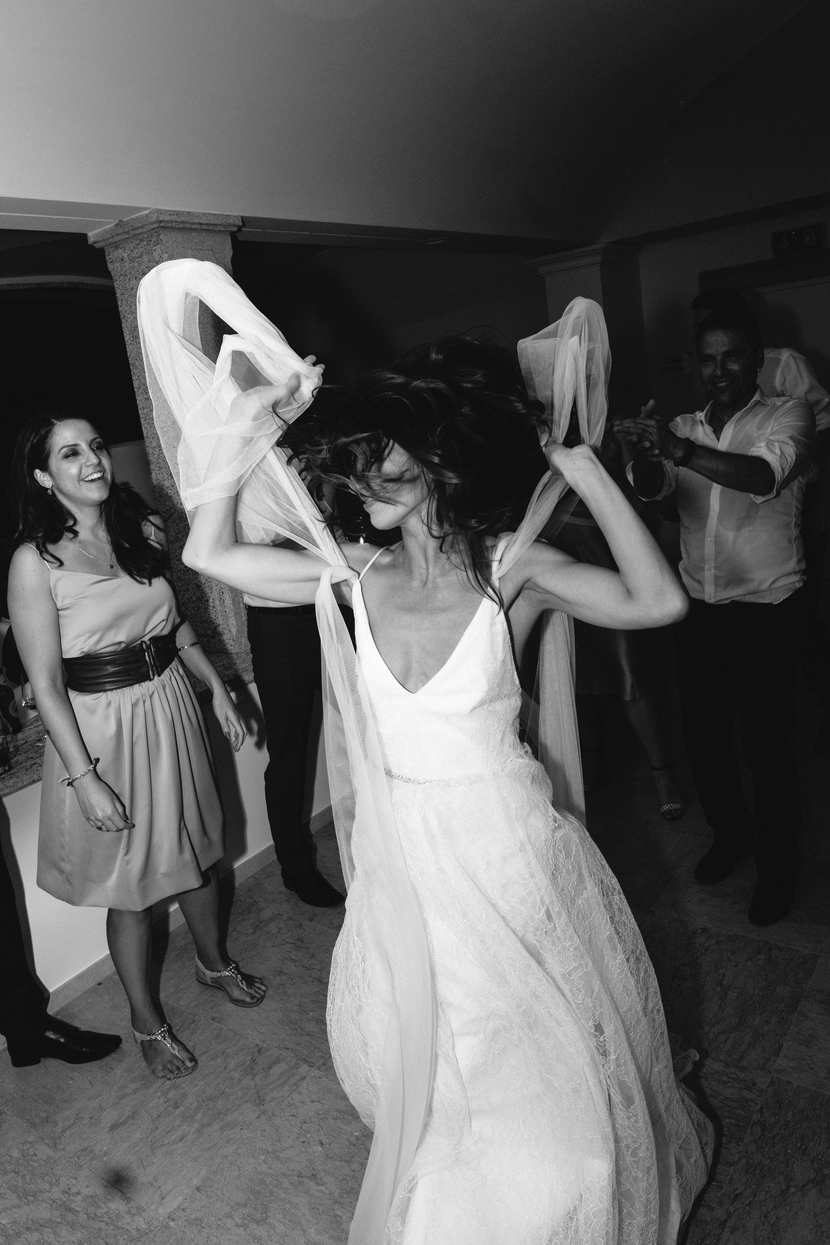 olivia-andreas-wedding-switzerland-580.jpg
