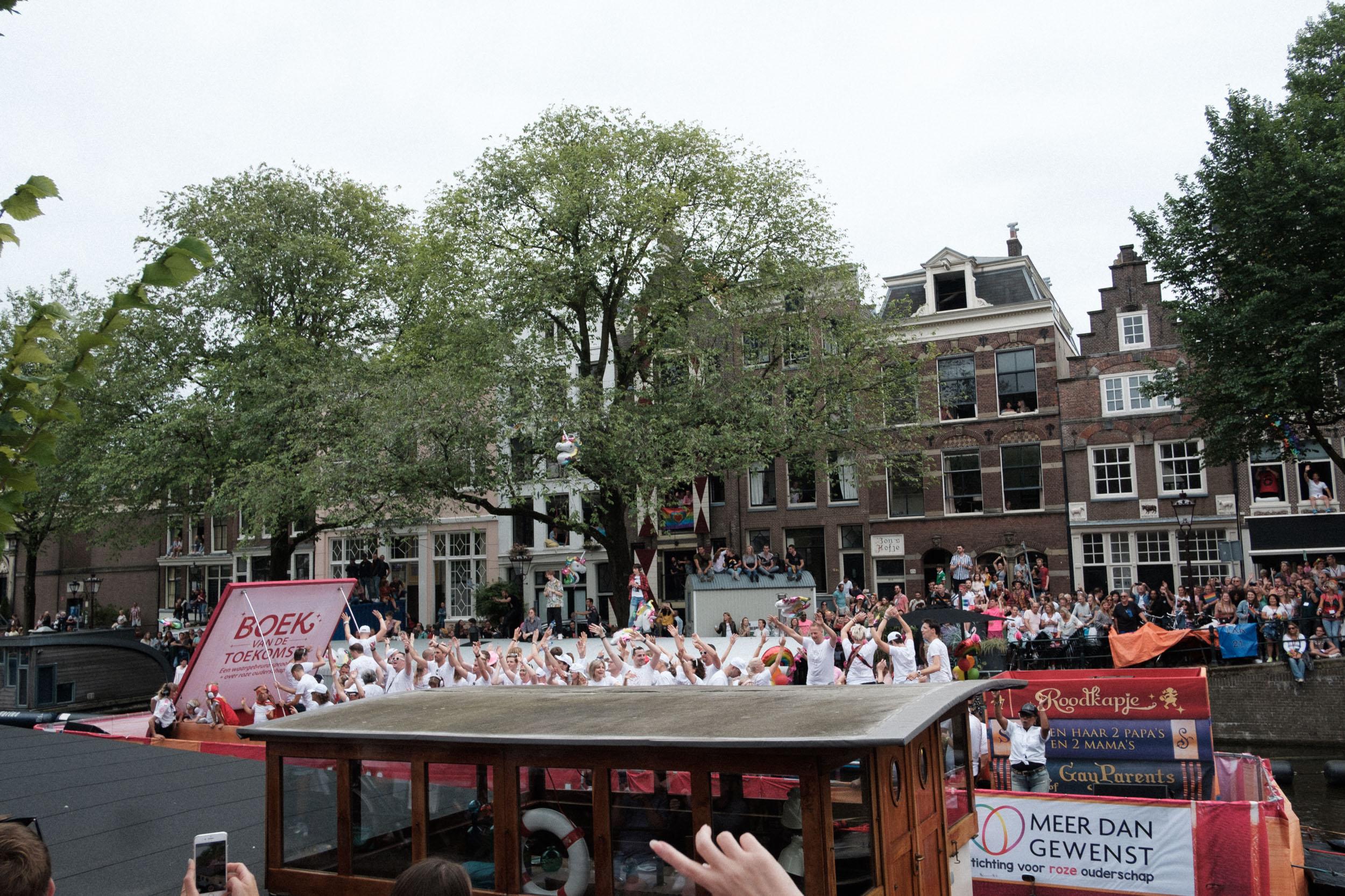 amsterdam-pride-9.jpg