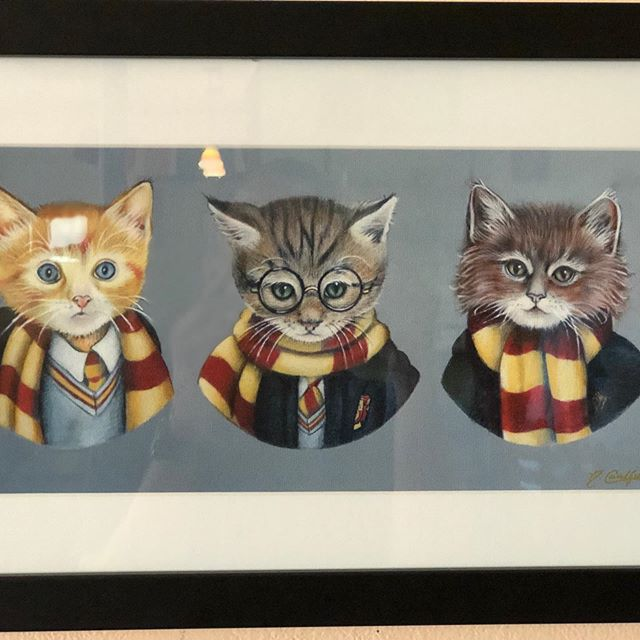 This month we are featuring Harry Potter art at the cafe. Check out these adorable pieces by the one and only @nicolecaulfieldart  Both pieces are on sale all month at Southeast Grind! Come in meow or anytime any day and adopt one! 🤗 #harrypottermonth #harrypotterart #nicolecaulfield #portlandart #pdx #southeastgrind #southeastgrindartists #seportland #harrypotter #24hourartgallery #goodcoffee #alwaysopen #pdxcafe #animalart #kittyart #cats #magicfolk #seportlandartwalk