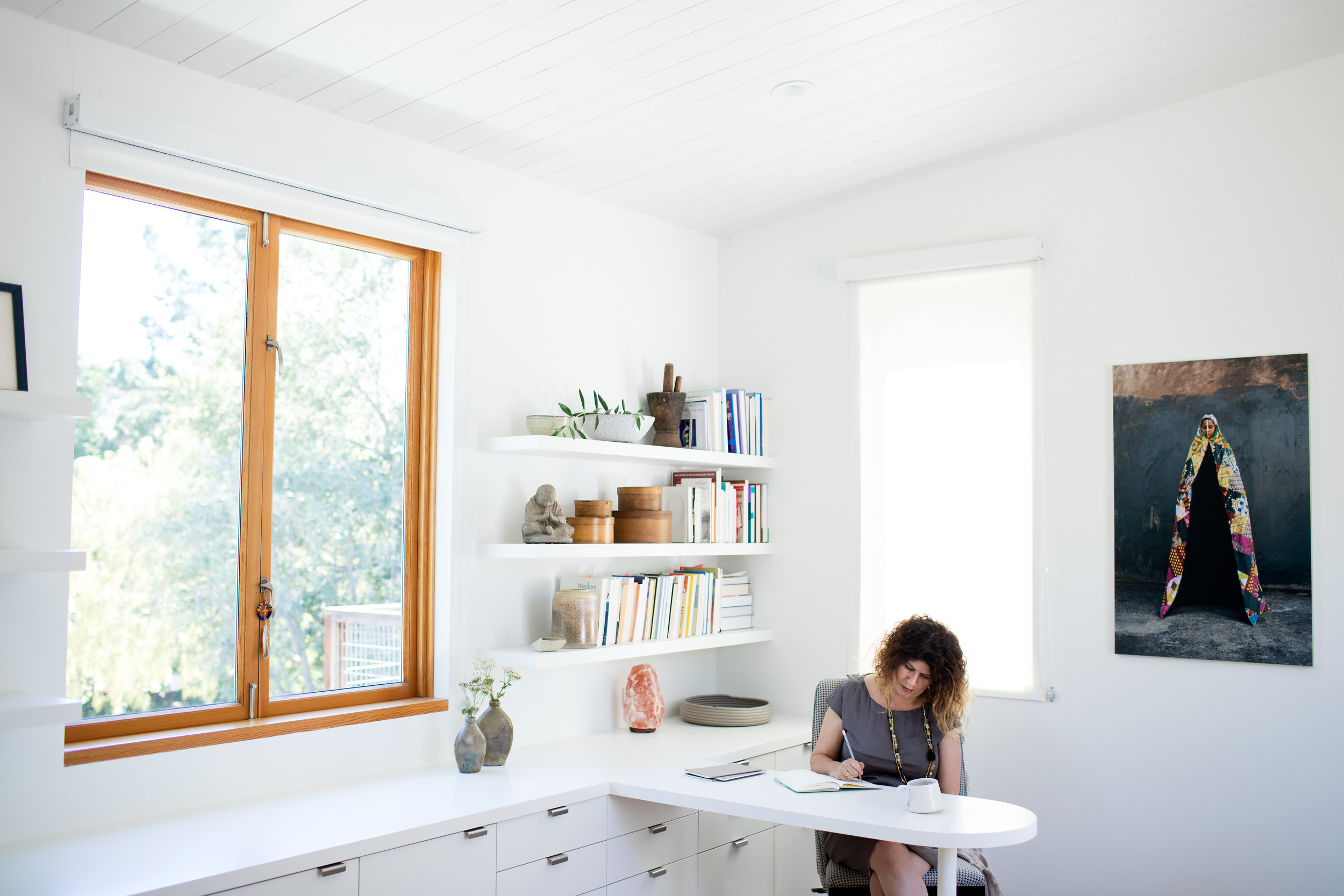 Retreat_Desk.jpg