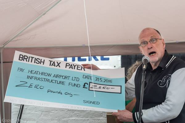 Heathrow wants the British Tax Payer to cough up for R3 infrastructure – but here's a cheque for zero pounds.