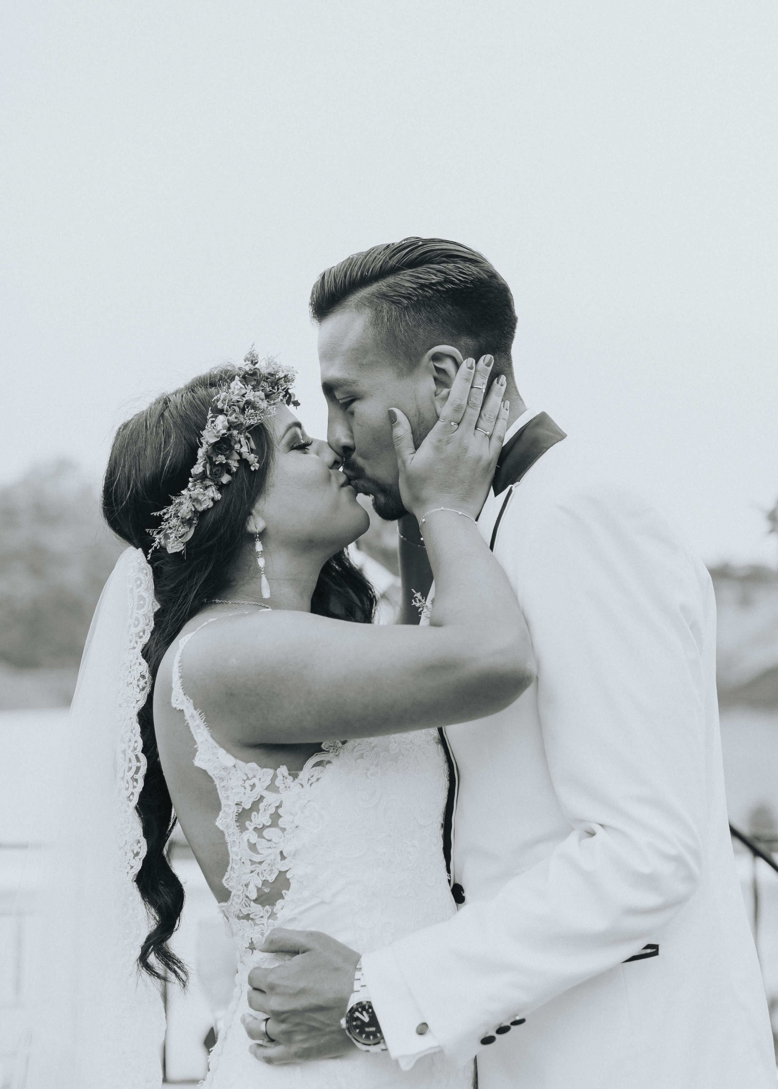 Crista and Alvaro's first kiss.