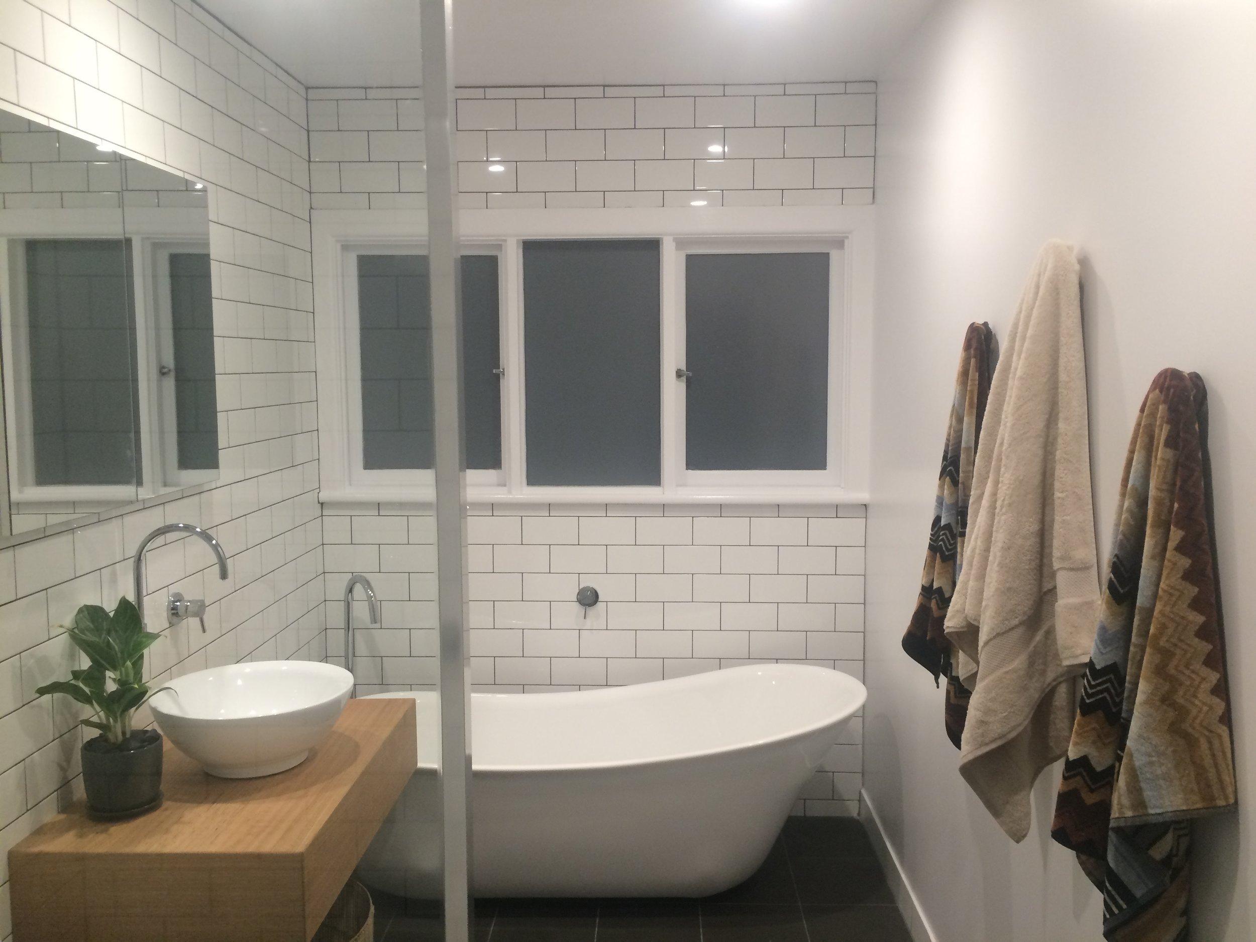 Mel bathroom 1.jpg