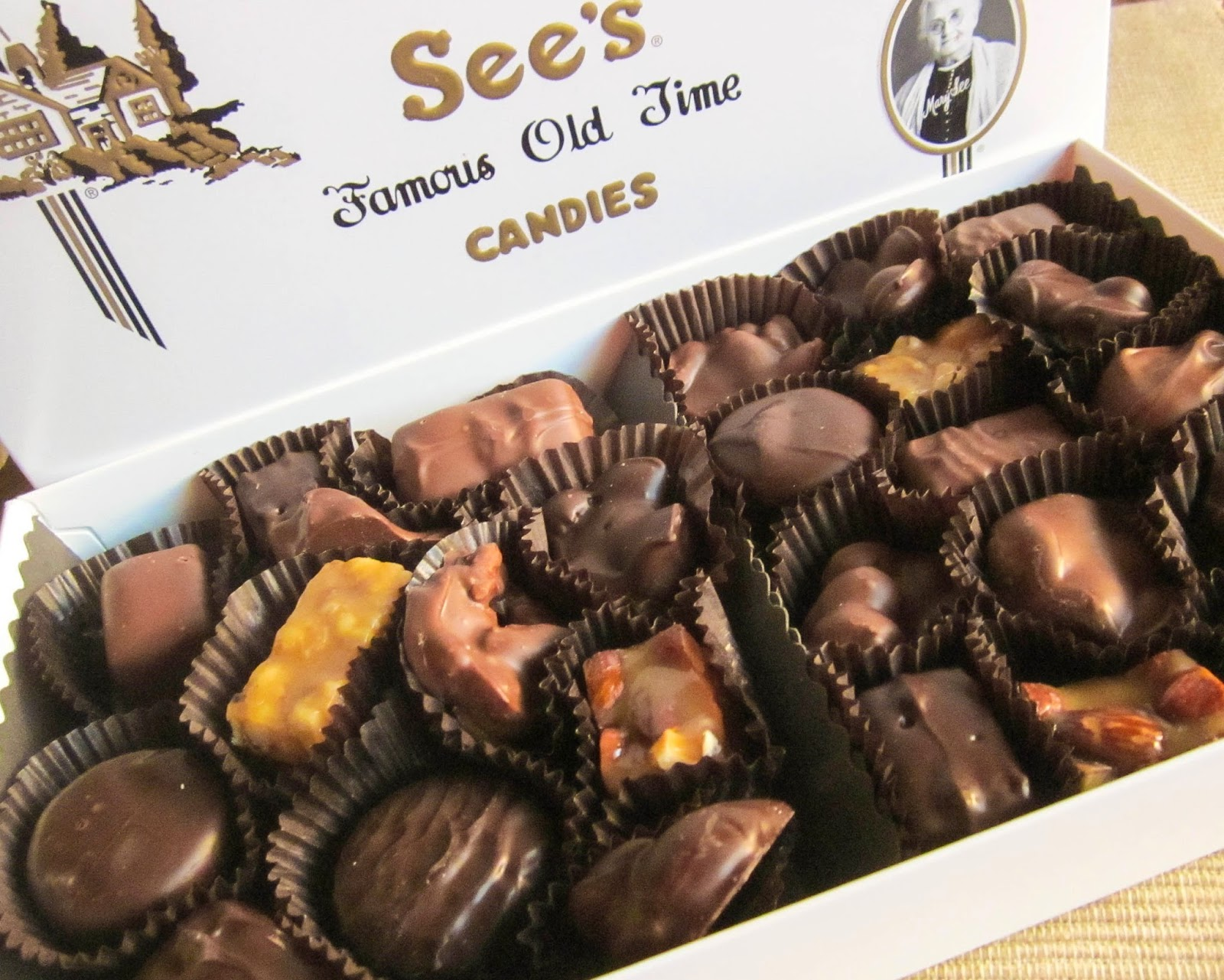sees-candies-review-nuts-chews.jpg