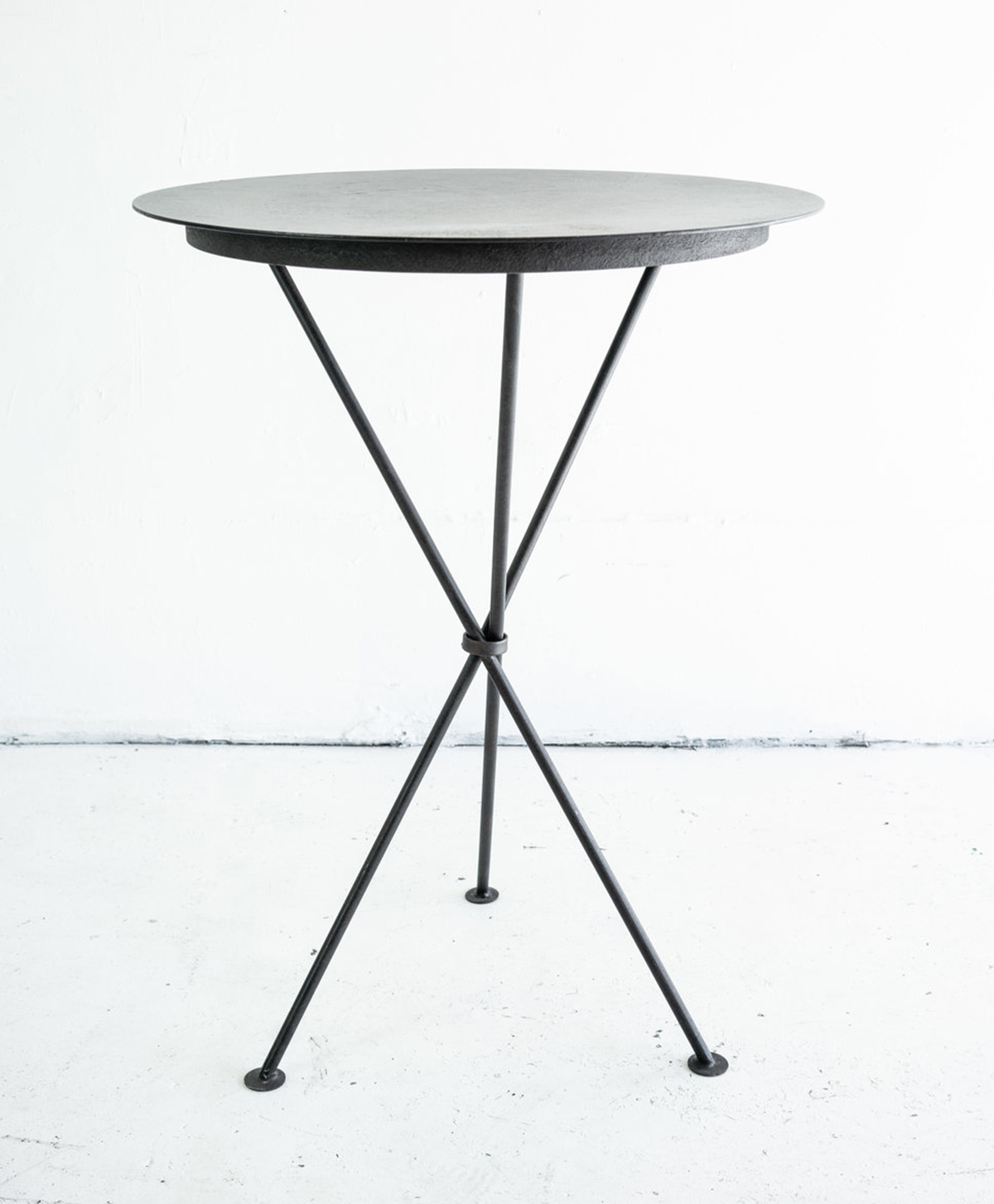 Metal_Bistro_Table.jpg