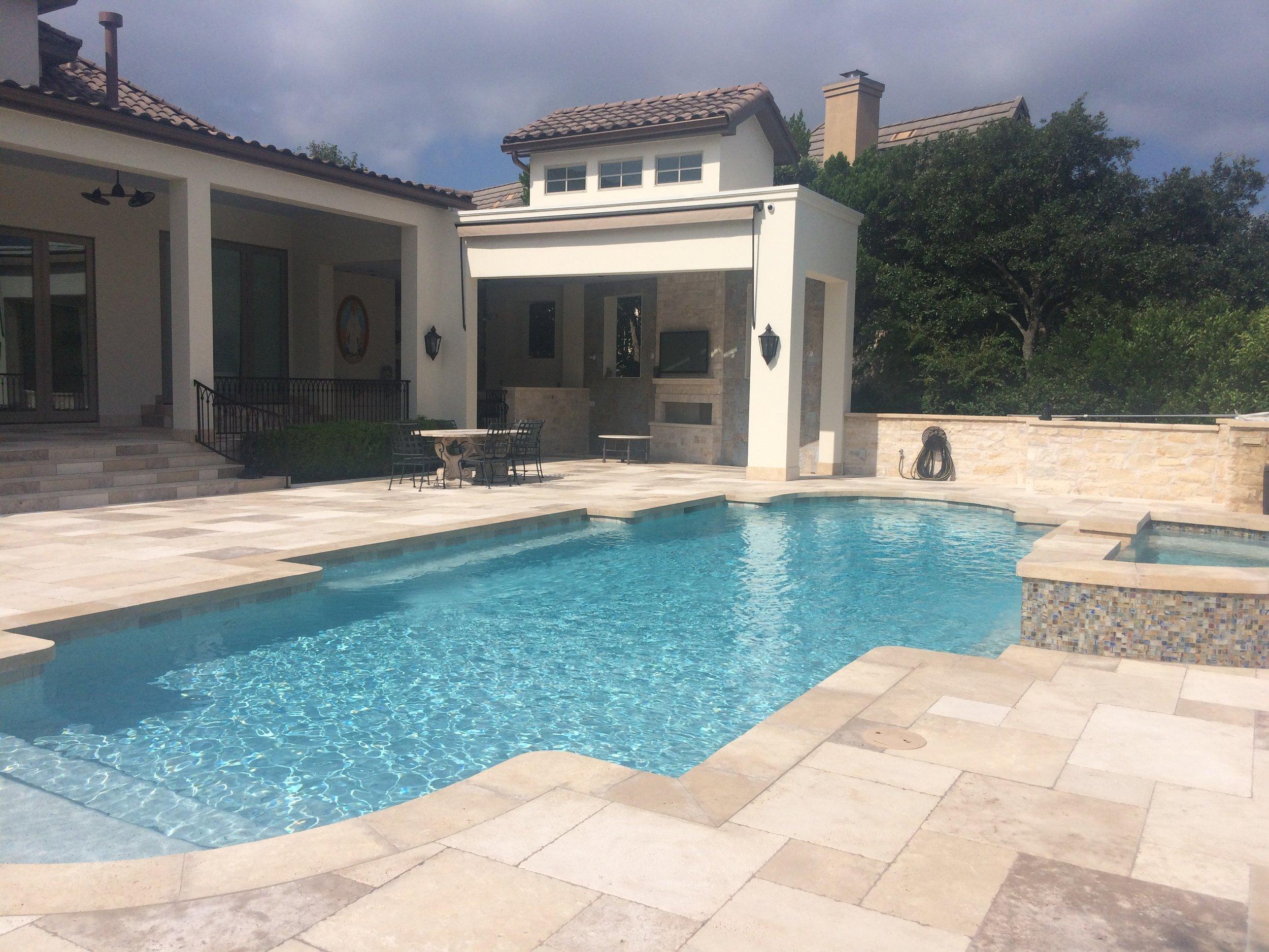 pool_outdoor_living.JPG