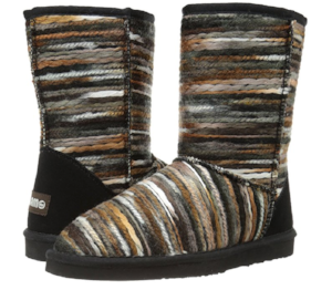 These yarn-y boots are just too cute!